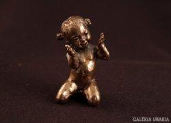 Janka lányka   bronzszobor miniatúra