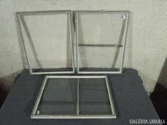 7795 Régi vágható képkeret 3 darab 30 x 40 cm