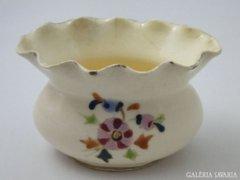 7996 Antik fodros szélű majolika váza