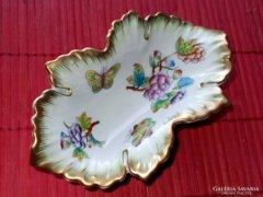 Gyönyörű, régi Viktória mintás Herendi porcelán !