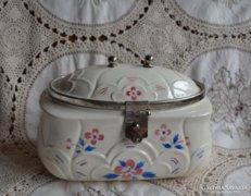 Antik majolika kekszes doboz