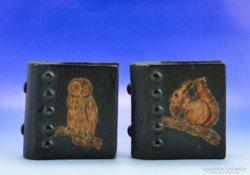 0A971 Fából készült díszes gyufatartó pár