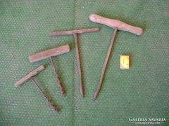 Régi kézi fúró - négy darab - együtt eladó