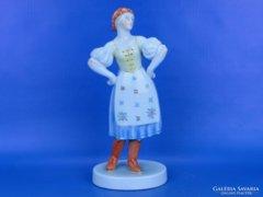 0D554 Herendi porcelán menyecske figura