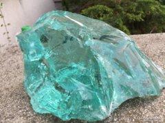 Hatalmas üvegszikla