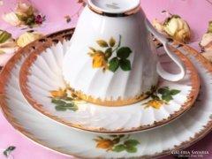 Citromsárga rózsás reggeliző szett