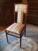 Antik kárpitozott székek