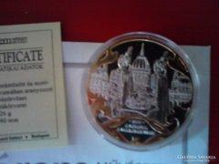 A Szent Korona Évezrede/A korona a Parlamentben 2000 ! emlék
