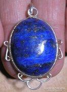 925 ezüst medál lápisz lazulival, gazdagon pirites