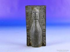 0F328 Antik jelzett pezsősüveg csokiöntő forma
