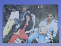 0D909 KFT zenekar színes dedikált kép 1990