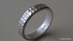 Ezüst érdekes karikagyűrű