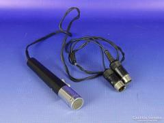 0G096 Retro mikrofon