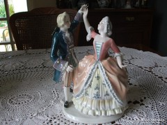 MENÜETT- ENS porcelán páros