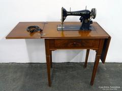 0G306 Antik kinyitható elektromos SINGER varrógép