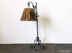 0G503 Antik kovácsoltvas egyedi állólámpa