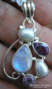 925 ezüst medál holdkő, tenyésztett gyöngy, ametisztekkel
