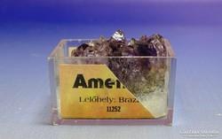 0I392 Ametiszt ásvány telep dobozában