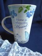 Ibolyás, pillangós angol csésze.