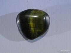 0A480 Csiszolt SÓLYOMSZEM kő
