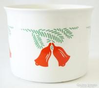 Zsolnay kaspó karácsonyi dekorral