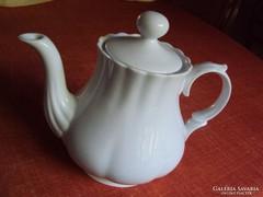 Cakkos pocakos,bordázott,kecses kis porcelán teáskancsó.