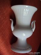 Amfora alakú,bordázott díszítésű,kétfüles porcelán váza.
