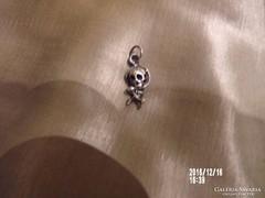 Ezüst kis koponya függő