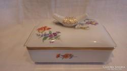 Kardos Meisseni porcelán doboz bonbonier