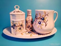 Kő porcelán teás készlet egy személyes kökényes igényes