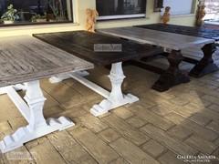 Trón asztal, ebédlő asztal.