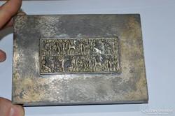 Teván doboz