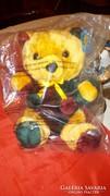 Plüss maci eredeti csomagolásában