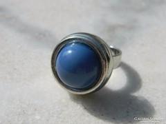Nagy fejű látványos gyűrű  - bizsu