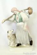 Régi Sinkó A. tervezte Zsolnay figura 1940-es évekből