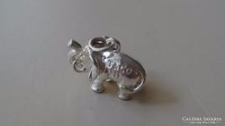 Ezüstözött Tiffany & CO elefánt medál