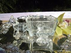 Öntött üveg fűszertartó ,kínáló