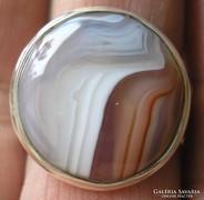 925 ezüst gyűrű, 20,5/64,4 mm, csíkos acháttal
