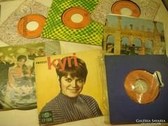 Régi kislemezek: Ambrus Kyri, Toldy Mária