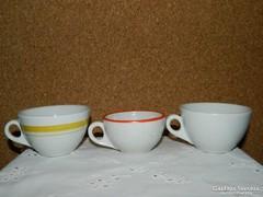 Retro Zsolnay csészék.