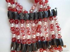 Hematit,piros tarka és fehér opálos gyöngy-nyaklánc-88 cm