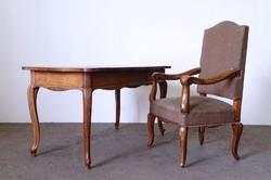 0N259 Antik neobarokk íróasztal karfás székkel