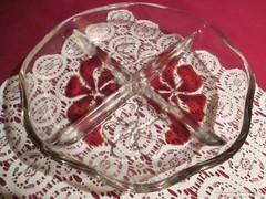 77. Mesés  Waltherglas osztott üveg kínáló