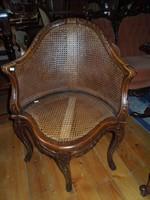 Érdekes formájú tonet szék eladó