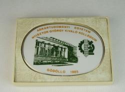 0N372 Porcelán plakett Agrártudományi Egyetem