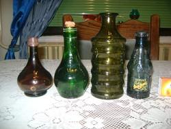 Régi üveg palack - négy darab