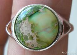 925 ezüst gyűrű, 17,3/54,3 mm, gaspeite drágakővel