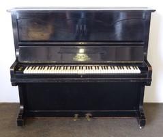 0N559 Régi MUSICA BUDAPEST WIEN pianínó