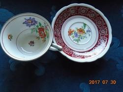 KARLSBAD CARL KNOLL monogrammal, kézzel festett látványos virágokkal ,teás csésze alátéttel
