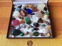 50 darabos ásvány gyűjtemény ajándék dobozzal féldrágakő